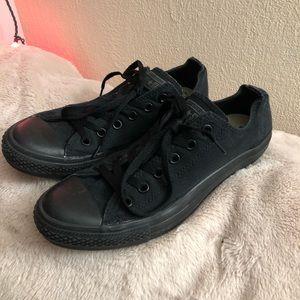 Black Low Top Converse Shoes